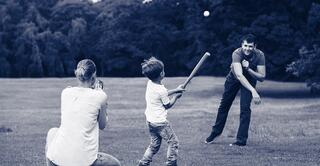 iStock-832153718_baseball_family_duo_1900x986.jpg